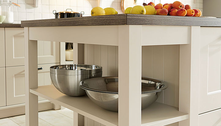 shaker kitchen design with island