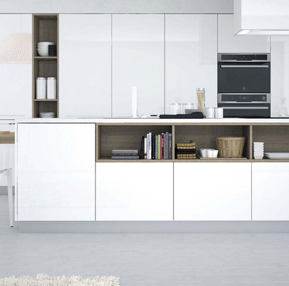 Hanak White Handleless Kitchen