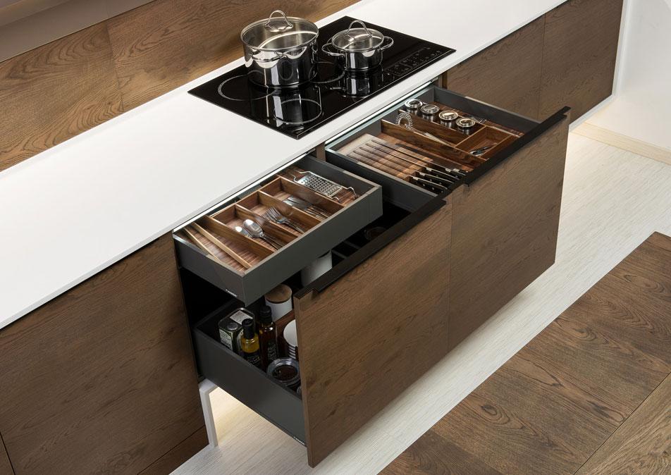 Wood Handleless Kitchen